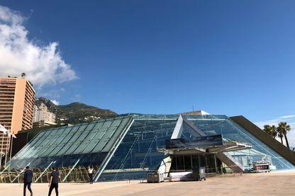 Grimaldi Forum de Monaco, où se sont réunis les scientifiques pour le resumé du rapport du GIEC sur les océans et la cryosphère.