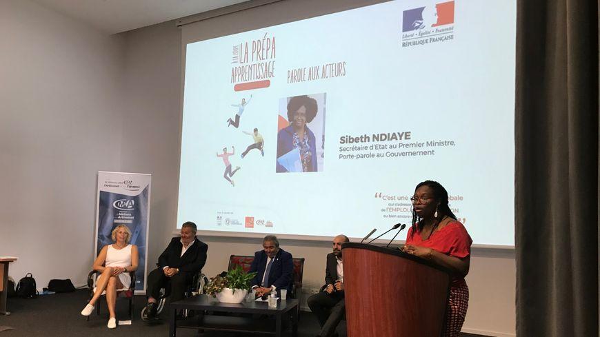 Sibeth Ndiaye, porte parole du gouvernement et secrétaire d'Etat auprès du Premier Ministre en Touraine le 19 septembre