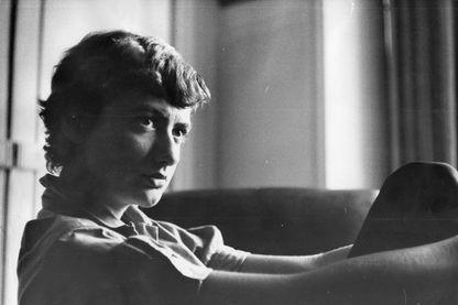 """Françoise Sagan, de son vrai nom Françoise Quoirez, le 25 juillet 1955. ce jeudi 19 septembre 2019, les éditions Plon publient un roman inédit """"Les quatre coins du coeur"""""""