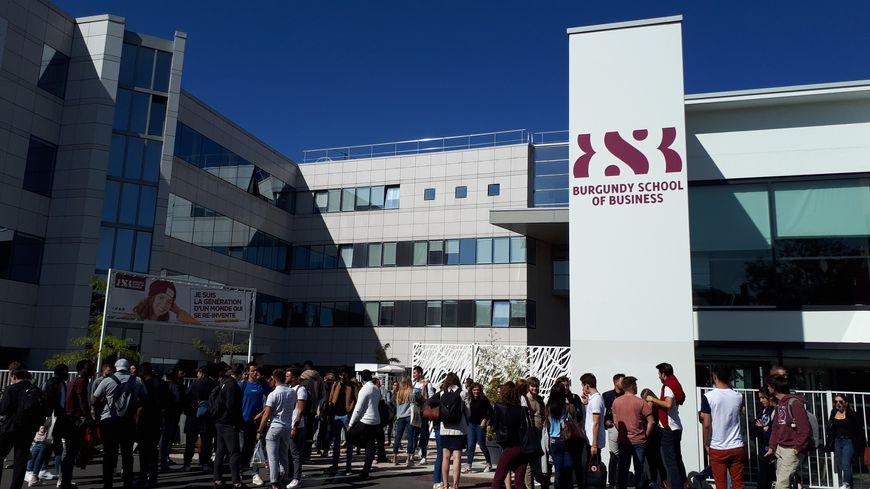 La BSB, l'école de commerce dijonnaise accueillera de janvier à mars une première promotion d'étudiants réfugiés.
