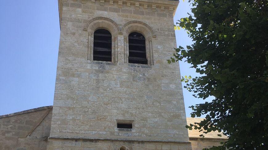 En balade à Saint Germain du Puch, l'église.