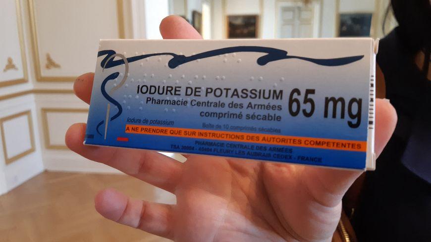 La distribution de pastilles d'iode débute dans 71 nouvelles communes de Moselle qui intègrent le périmètre du plan de prévention et d'intervention autour de la centrale de Cattenom