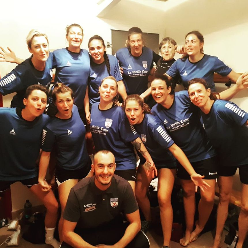 Les handballeuses de Banyuls-sur-mer à la fête
