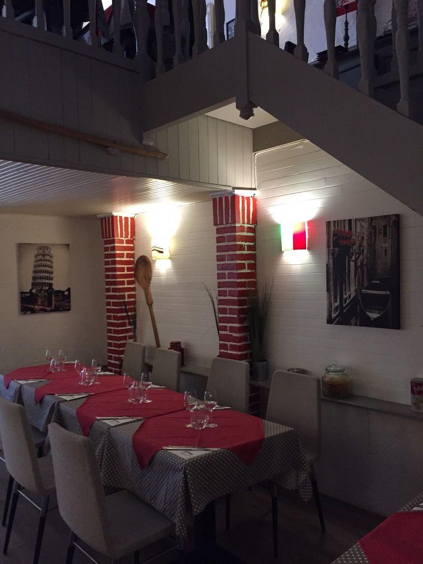 La salle de restaurant.