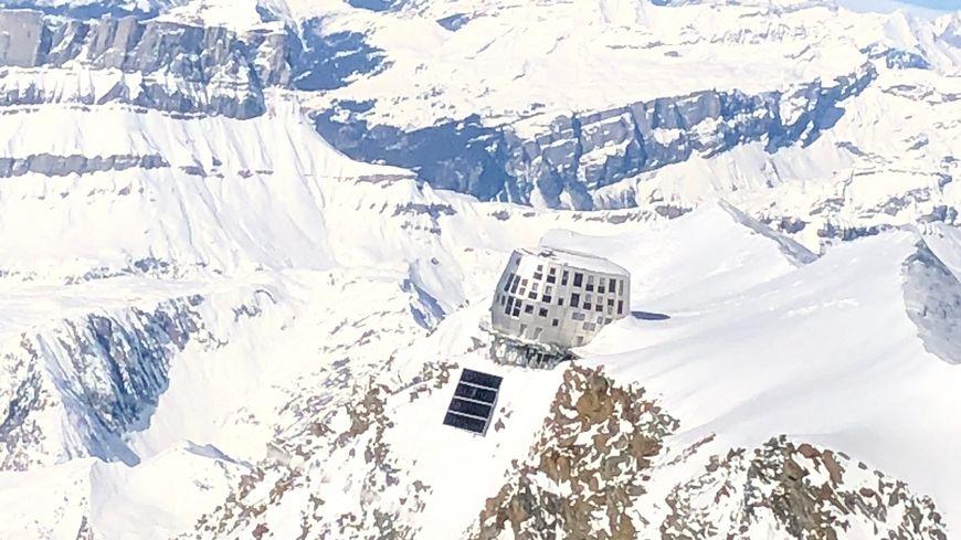Le refuge du Goûter dans le massif du Mont-blanc (Haute-Savoie)