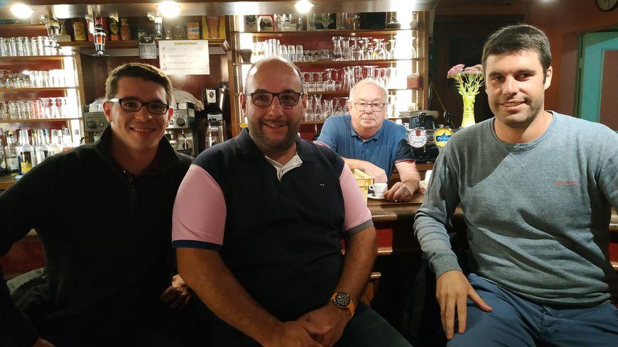 Guillaume Dalibard, François Bellanger, Jean (notre hôte) et Jeremy Lochin