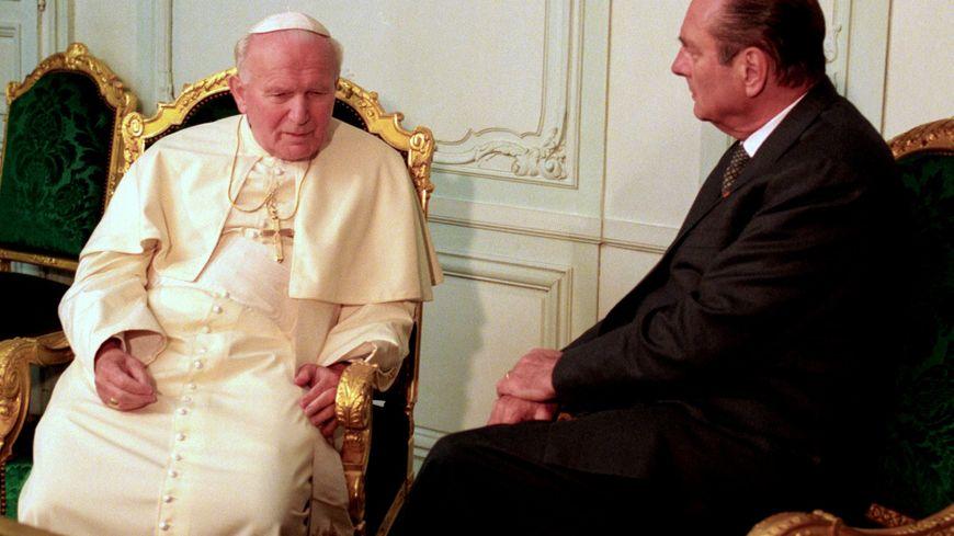 Jacques Chirac à Tours lors de la venue du pape Jean-Paul 2, le 1 septembre 1996
