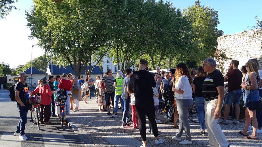 Manifestation de soutien de la famille menacée d'expulsion à Châteauroux