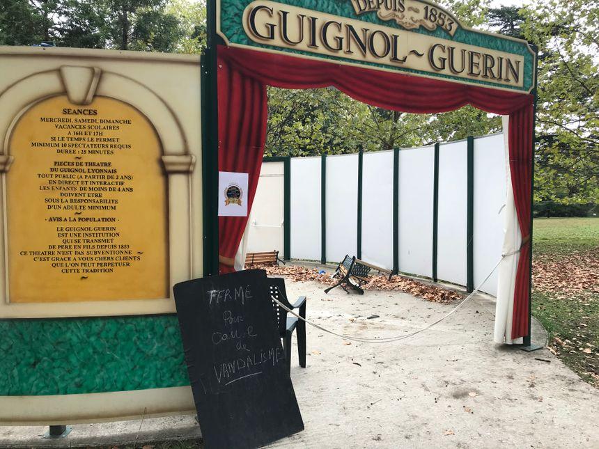 Le théâtre de Guignol dans le parc bordelais.