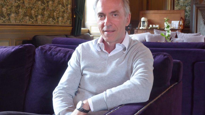 Mathias Echène ici à l'époque où il voulait ouvrir un hôtel dans le palais épiscopal de Rodez