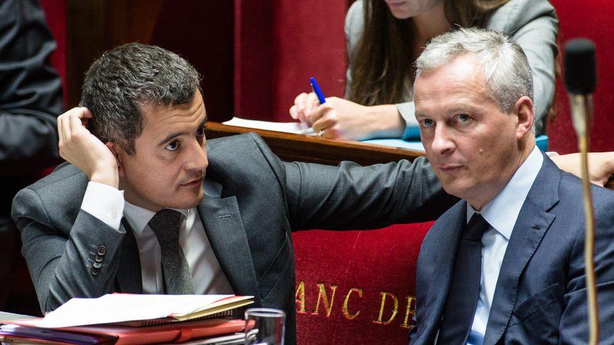 Gérald Darmanin, ministre des Comptes publics (à gauche) et Bruno Le Maire, ministre de l'Économie (à droite), à l'Assemblée nationale.