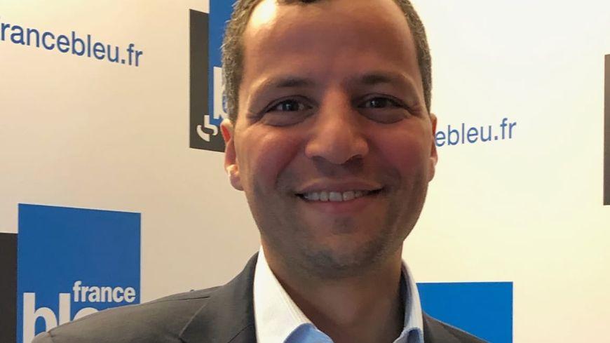 Karim Bouhassoun, chef de file de Bisontines Bisontinsn liste candidate aux municipales.