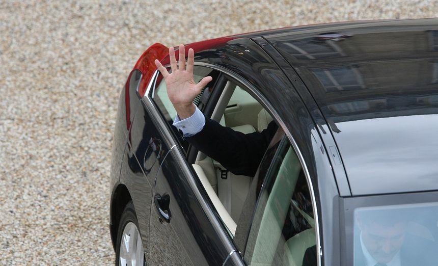 Jacques Chirac quitte l'Élysée en voiture, en mai 2007.