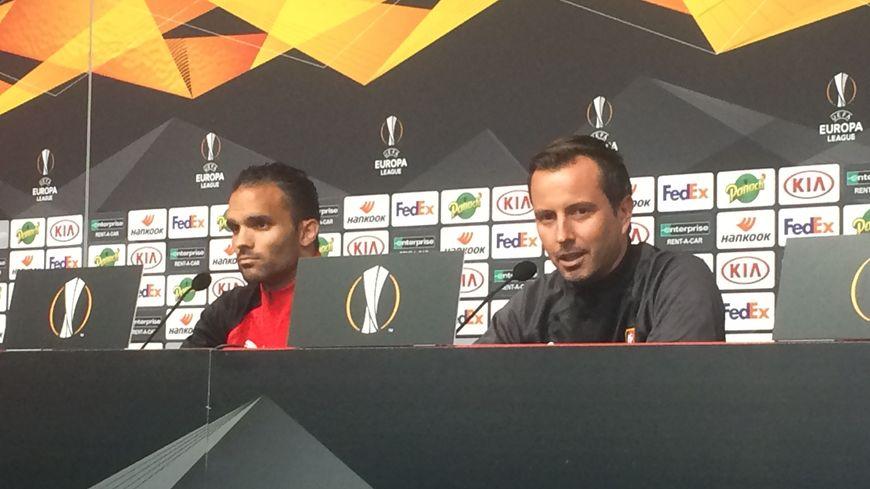 Jérémy Morel et Julien Stéphan en conférence de presse d'avant-match