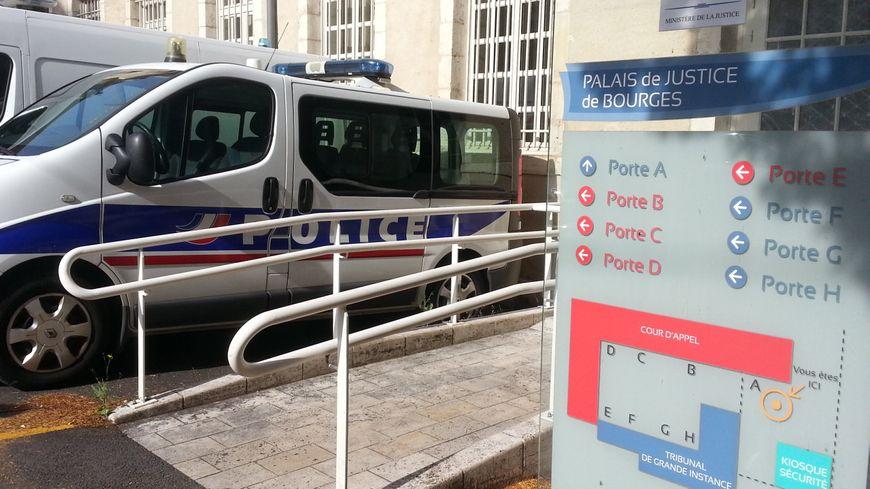 Le parquet de Bourges avait saisi le SRPJ d'Orléans, après la mort de cette vieille dame