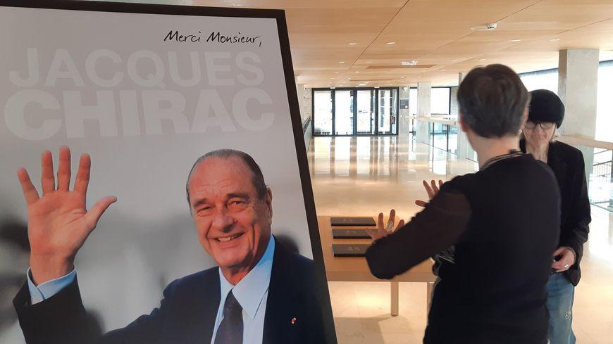 Les hommages à Jacques Chirac s'organisent en Corrèze
