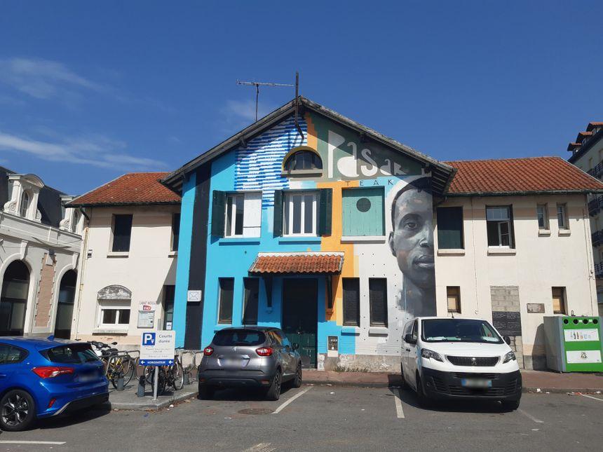 L'ancien bâtiment 21 de la SNCF et son local médical seront détruits en octobre