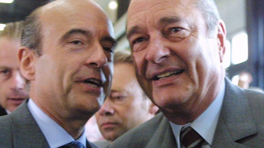 Alain Juppé et Jacques Chirac en 2001 lors d'une visite de la foire de Bordeaux.