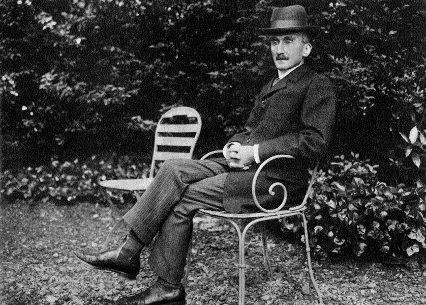 Le philosophe français Henri Bergson  (1859-1941) en 1905