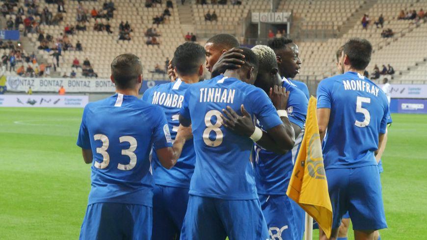 Le GF38 a décroché contre Caen sa première victoire cette saison au Stade des Alpes
