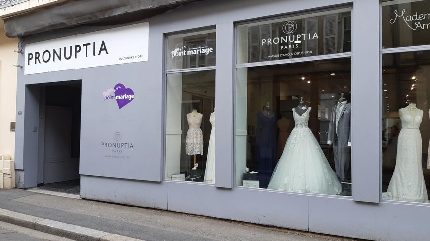La boutique Pronuptia à Laval en Mayenne
