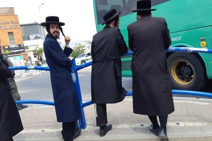 Dans le quartier ultra-orthodoxe de Beit Shemesh (photo prise avec appareil dissimulé)