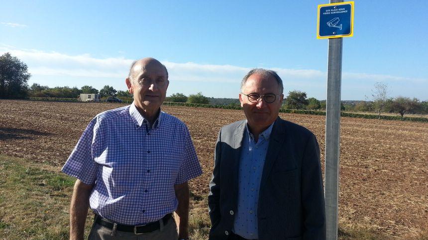 Bernard Jamet, maire de Drevant et président du SMIRTOM (syndicat local des ordures ménagères), et Daniel Fourré, vice président du conseil départemental du Cher