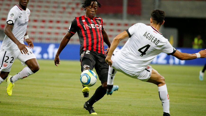 Arnaud Lusamba lors de la victoire 2-1 contre Dijon à l'Allianz Riviera