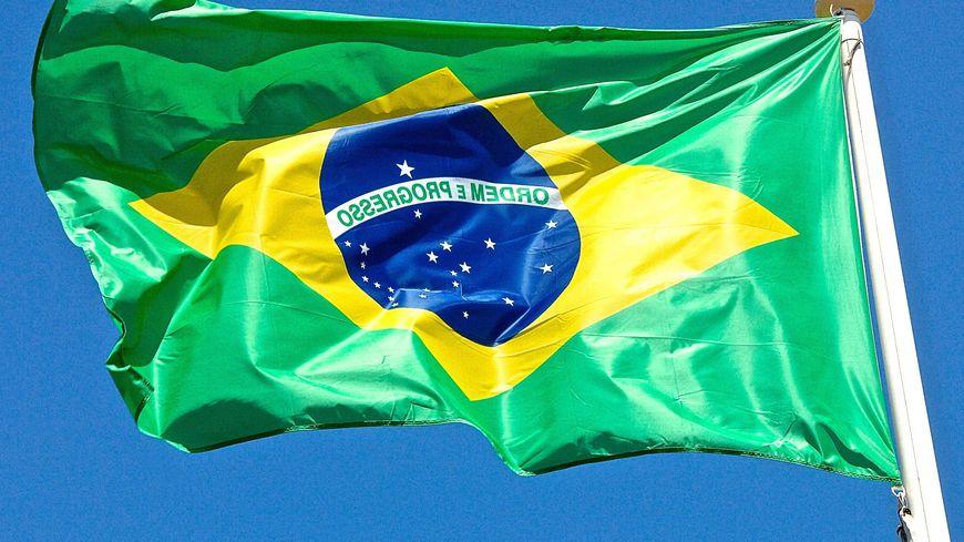 Avec les changements politiques au Brésil, la suite des échanges est incertain.