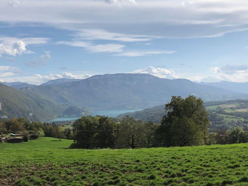 Paysage Savoie Vue sur le lac