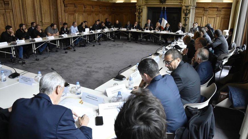 Représentants du monde agricole corse et politiques insulaires de toutes sensibilités ont parlé d'une même voix à Paris
