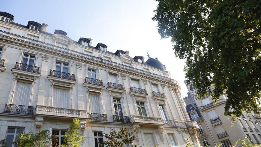 Un appartement parisien qui appartenait à Jeffrey Epstein