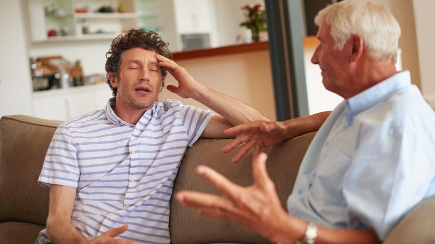 Relations difficiles entre un fils et son père