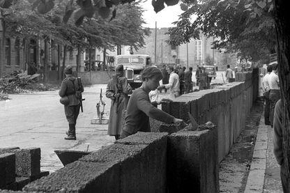 La construction du mur, Berlin 18 août 1961