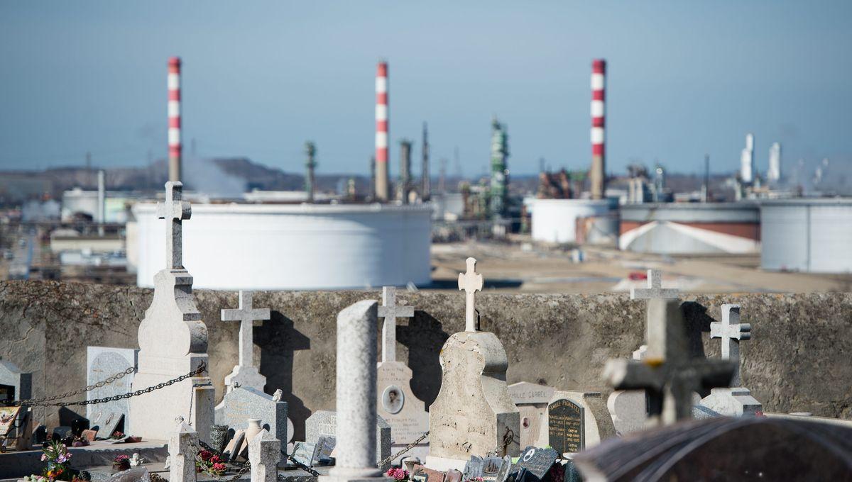 """Des habitants de Fos-sur-Mer attaquent en justice notamment Arcelor Mittal et Esso pour """"troubles du voisinage"""""""