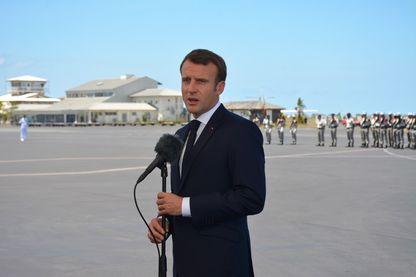 Emmanuel Macron, président de la République à son arrivée à Mayotte