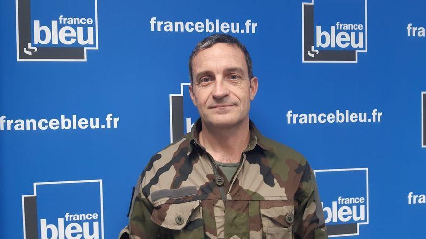 Le  général Pierre-Joseph Givre était l'invité de France Bleu Isère matin