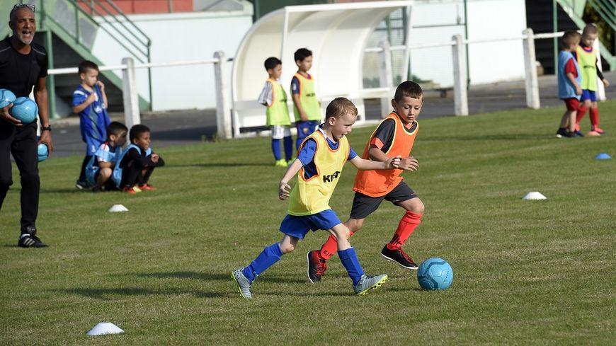 Dès l'an prochain, il n'y aura plus besoin de certificat médical pour inscrire son enfant dans un club sportif.