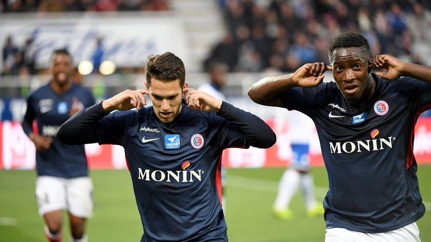 Les joueurs de Châteauroux célèbrent leur but marqué contre l'AJA à l'Abbée-Deschamps (1-2) le 3 mai 2018.