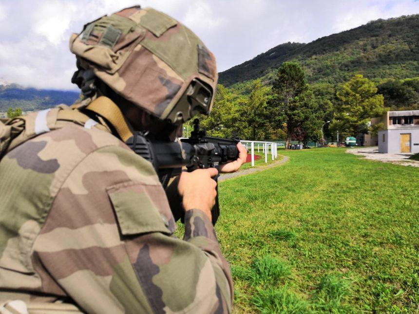 Le 13ème bataillon de chasseurs alpins de Barby-Chambéry est l'une des premières unités de l'armée française à recevoir les fusils d'assaut HK-416F 860_72744292_2551896455097619_7402818262884417536_n