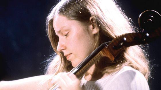 La violoncelliste Jacqueline du Pré en 1965