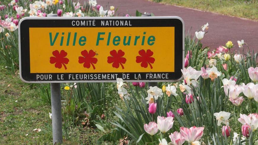 Une 4ème fleur pour la ville de Joué-les-Tours