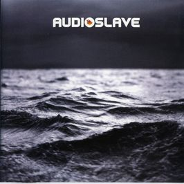"Pochette de l'album ""Out of exile"" par Audioslave"