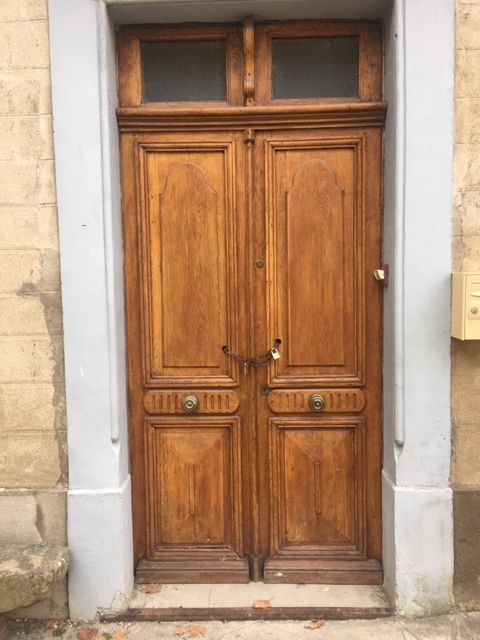 Les portes sont condamnées