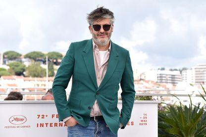 """Christophe Honoré à la présentation du film """"Chambre 212"""" au 72e édition du Festival de Cannes en mai 2019"""
