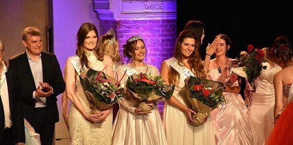 Amandine Billoux, première dauphine, à droite de Tatiana Ducournau élue Miss Volcans d'Auvergne.