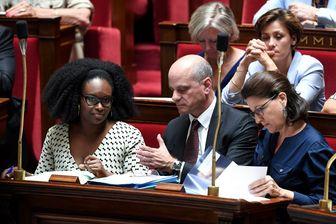 Sibeth Ndiaye et Jean-Michel Blanquer : une vision du voile qui divise la macronie