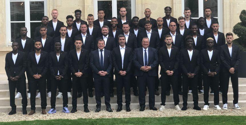 La photo officielle 2019-2020 du Stade de Reims en costume.