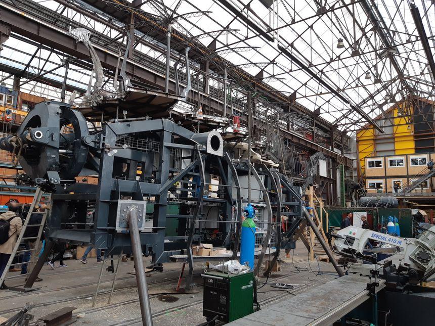 A Nantes, la compagnie La Machine a fabriqué le Dragon de Calais.