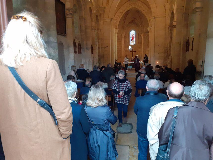 Pour terminer, une messe, à l'église de Petit-Palais.
